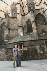 CouplePortrait_BarcelonaCathedral